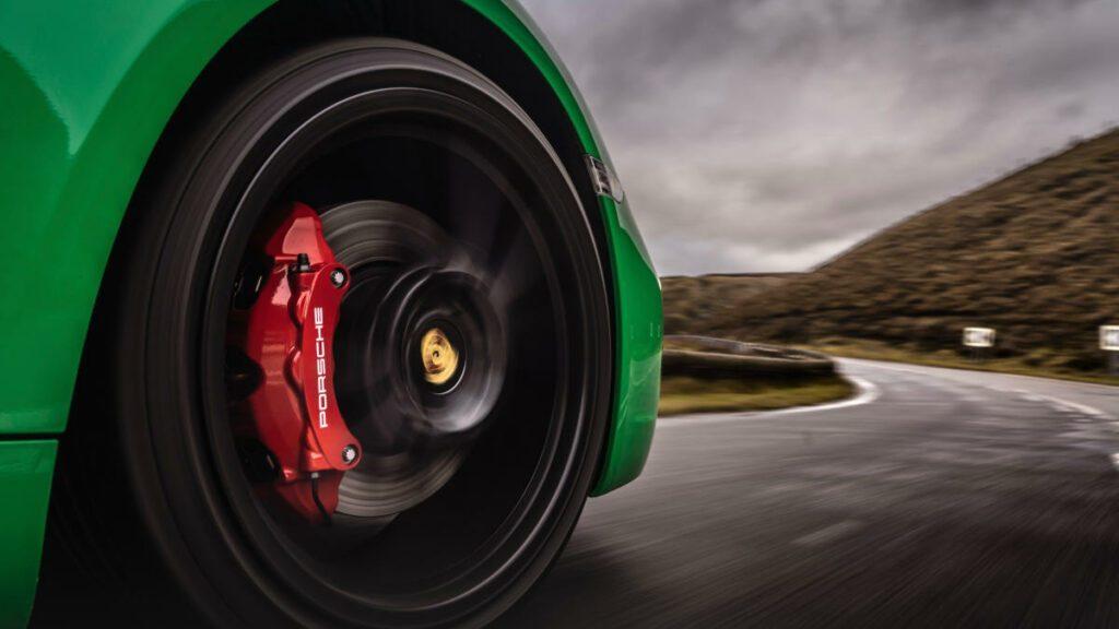 CaymanHQ - Porsche Wheel Center Cap Alignment - Feature